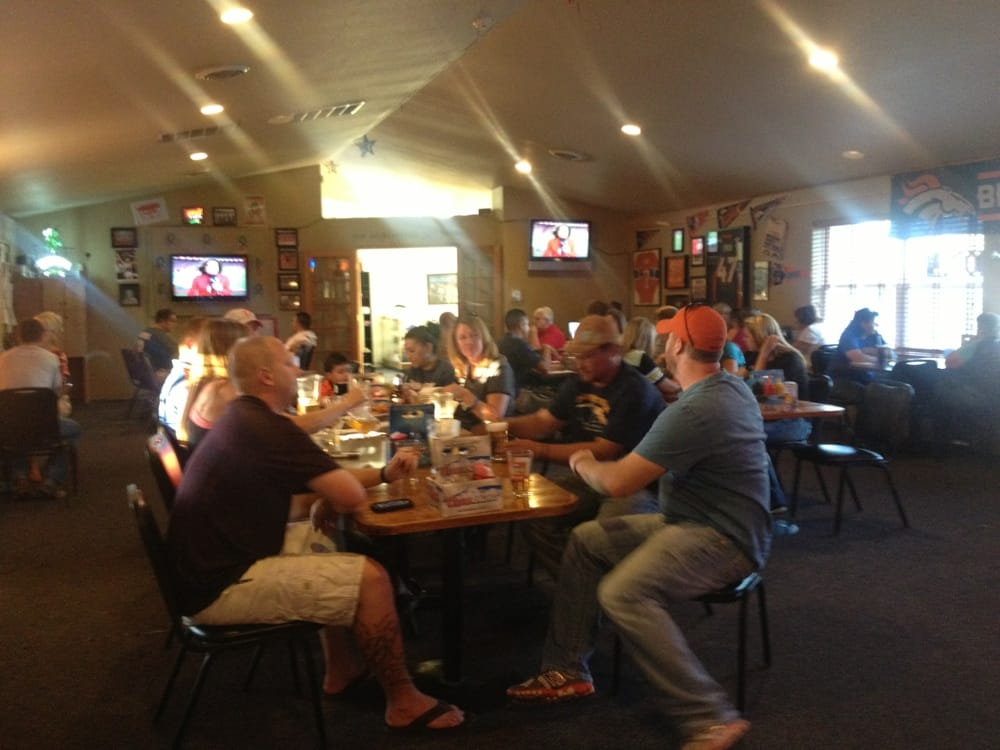 10th Hole Bar and Grill: 91 Play Park Hill, Rocky Ford, CO