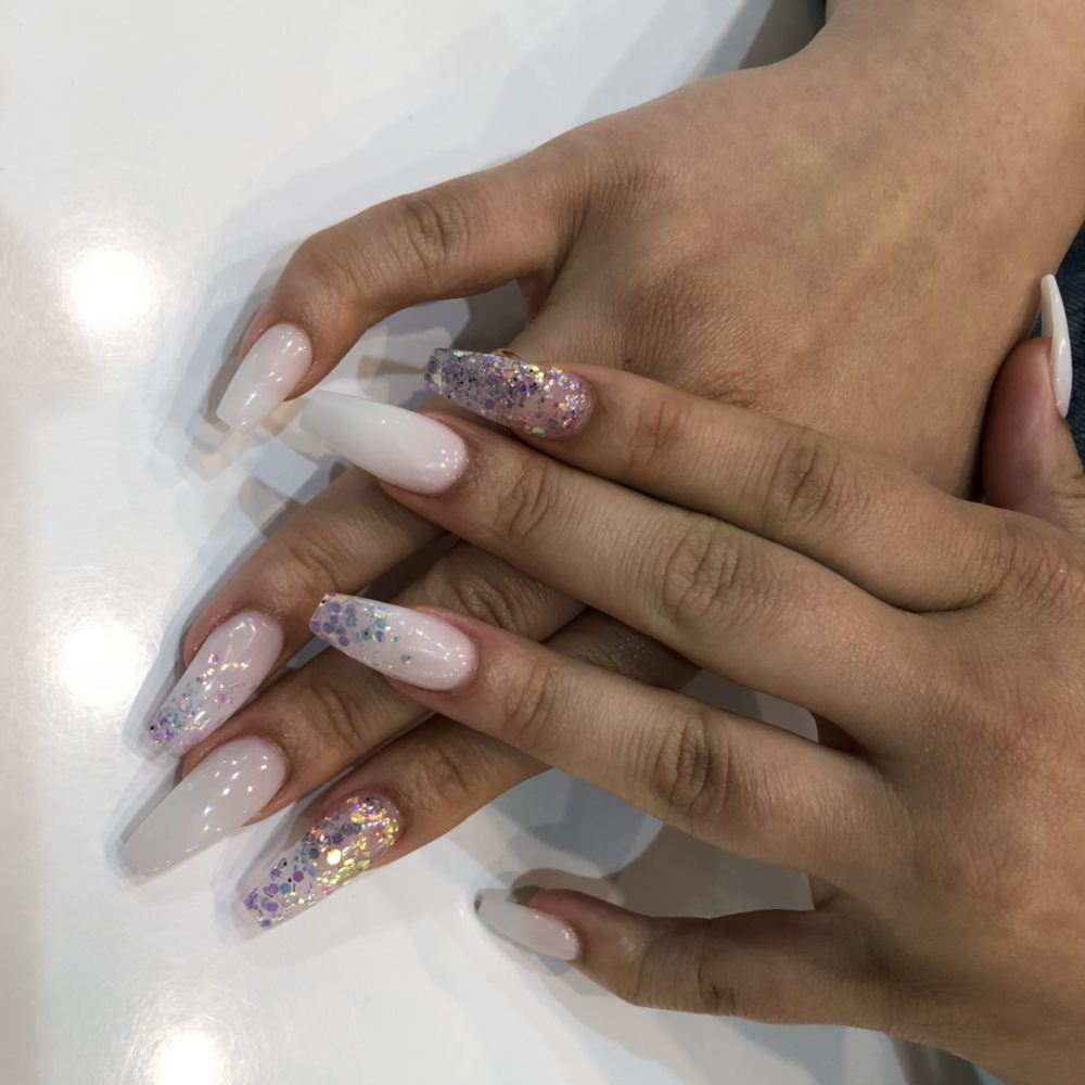 Glendale Nail Salon Gift Cards - California | Giftly