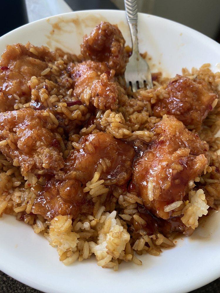 China Taste: 2117 S Garrison Ave, Carthage, MO