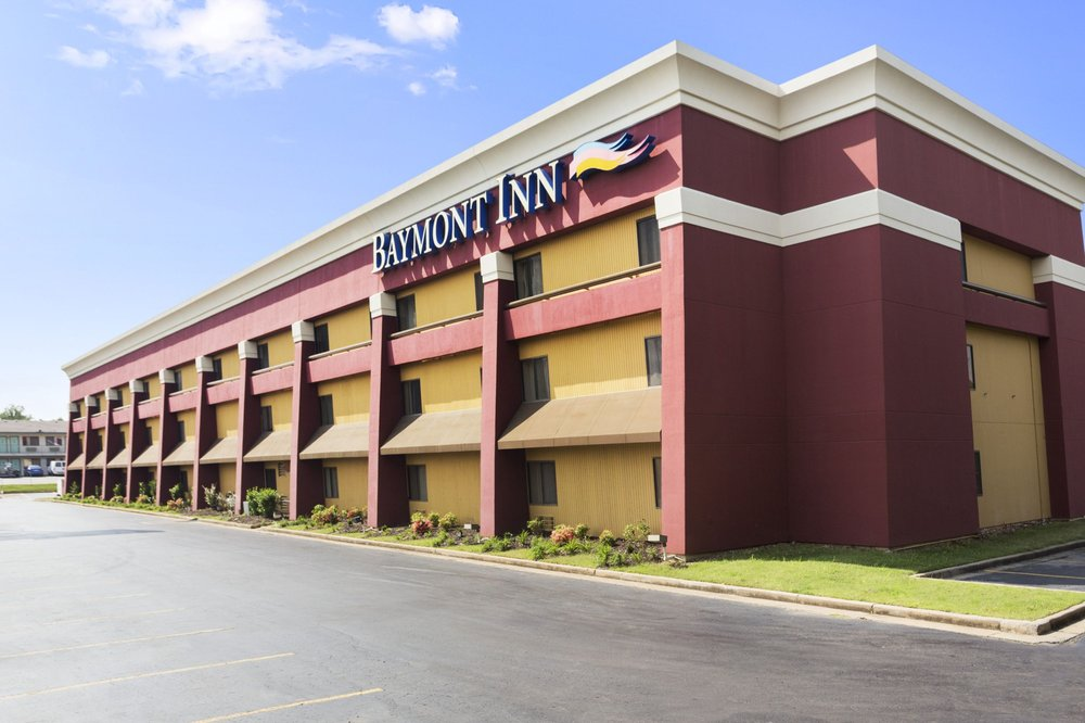 Baymont by Wyndham Fort Smith: 2123 Burnham Road, Fort Smith, AR