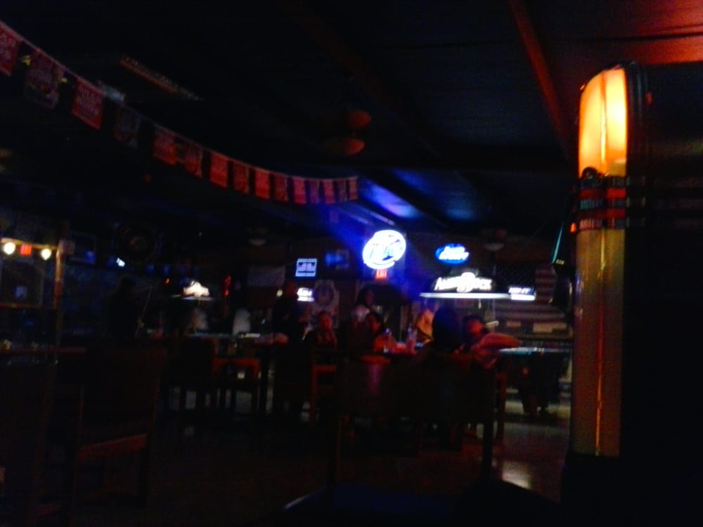 R & R Tavern: 2200 E Business 83, La Feria, TX