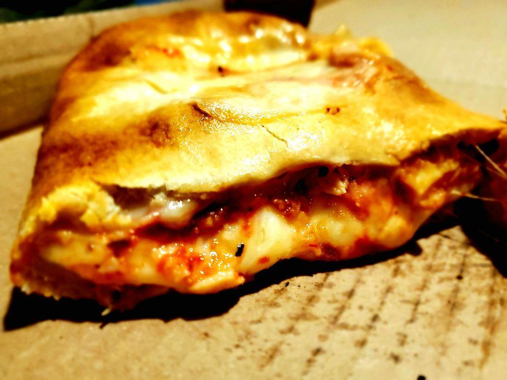 Marino's Pizza: 100 N Black Horse Pike, Runnemede, NJ
