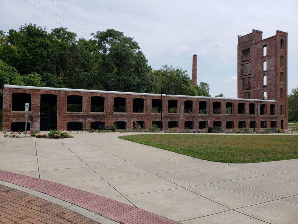 Starr Gennett Building: 101 S 1st St, Richmond, IN
