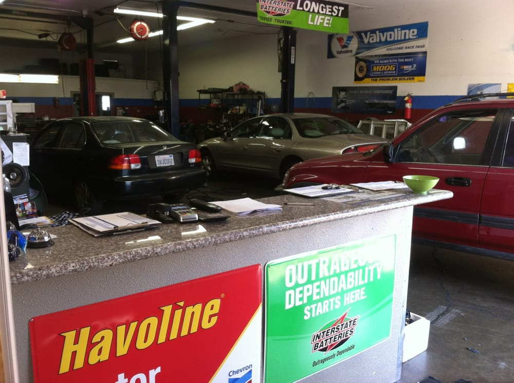 A plus auto service 14 reviews garages 3350 for Garage auto plus herblay