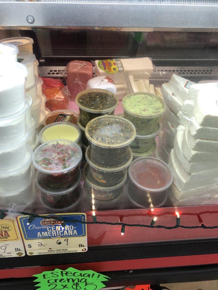 Contreras Market #2: 1602 Main St, Escalon, CA