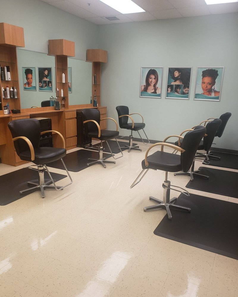 Stylique Salon: 300 A Ave, Fort Lee, VA