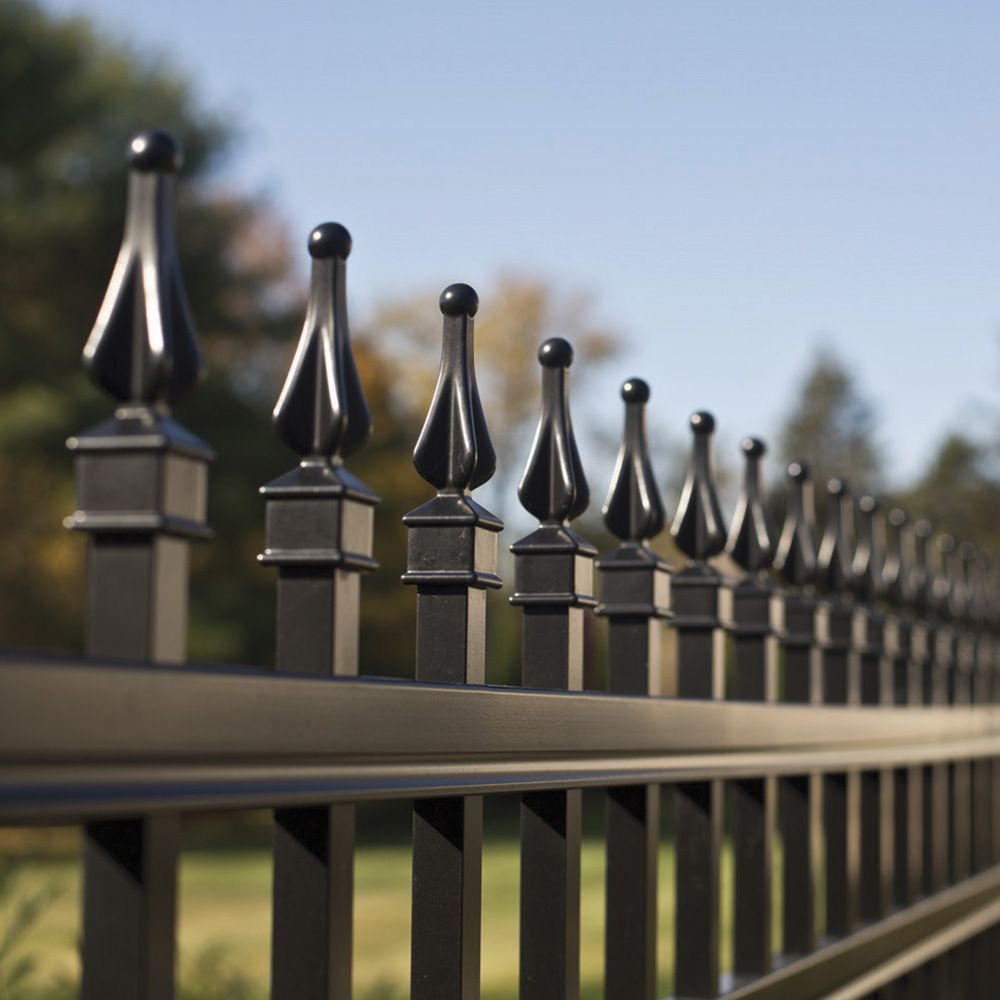 Looking For Fence Contractors?