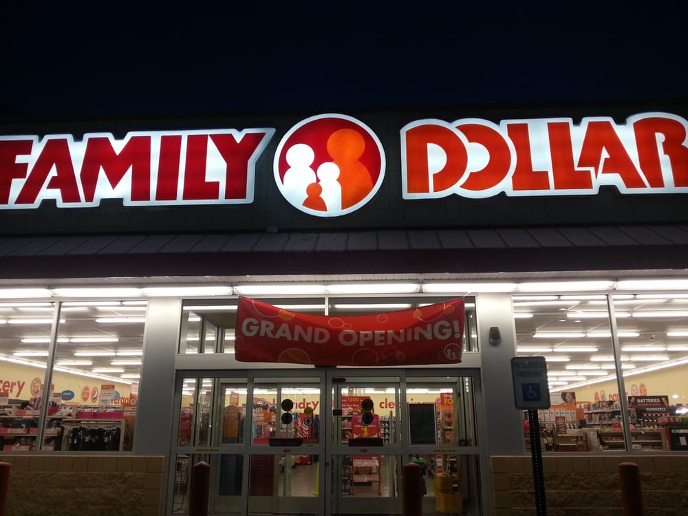 Family Dollar: 1523 E Commercial Ave, Lowell, IN