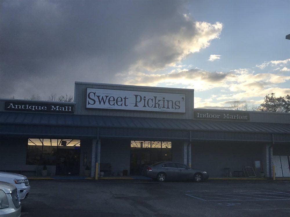 Sweet Pickins: 80 River Run Rd, Childersburg, AL