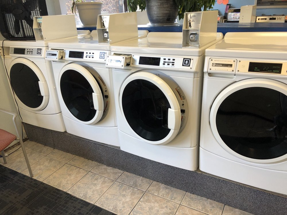 Village Square Self Service Laundry & Dry Cleaning: 9212 E Montgomery Ave, Spokane Valley, WA