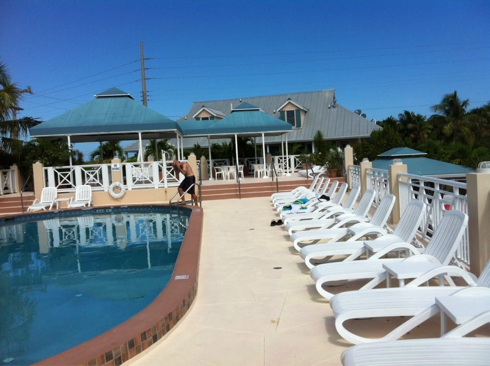 Great pool on the upper deck yelp for Big pine key fishing report