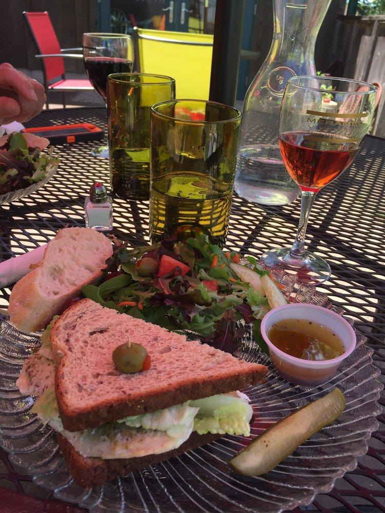 Meramec Vineyards Winery: 600 State Route B, Saint James, MO