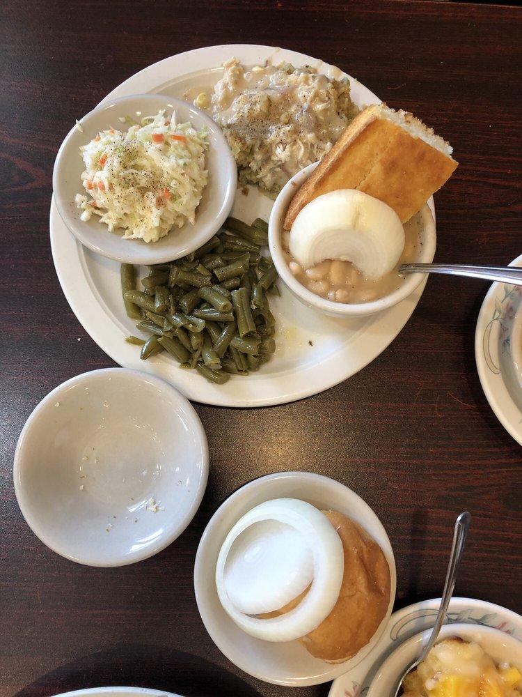 Foutch's Family Restaurant: 1127 Sparta St, McMinnville, TN