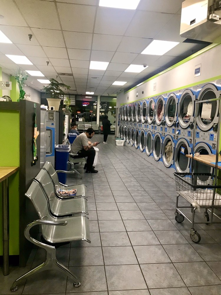 Puyallup Legacy Laundry: 721 River Rd, Puyallup, WA