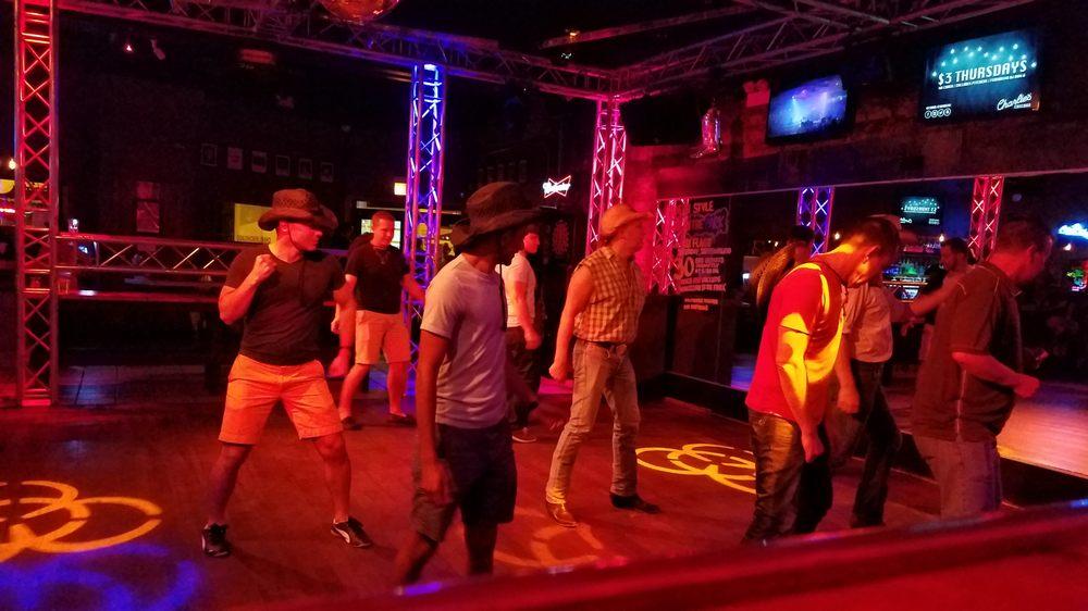 Berlin - 30 Photos & 260 Reviews - Dance Clubs - 954 W.