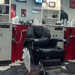 photos for shoppingtown barber shop yelp. Black Bedroom Furniture Sets. Home Design Ideas