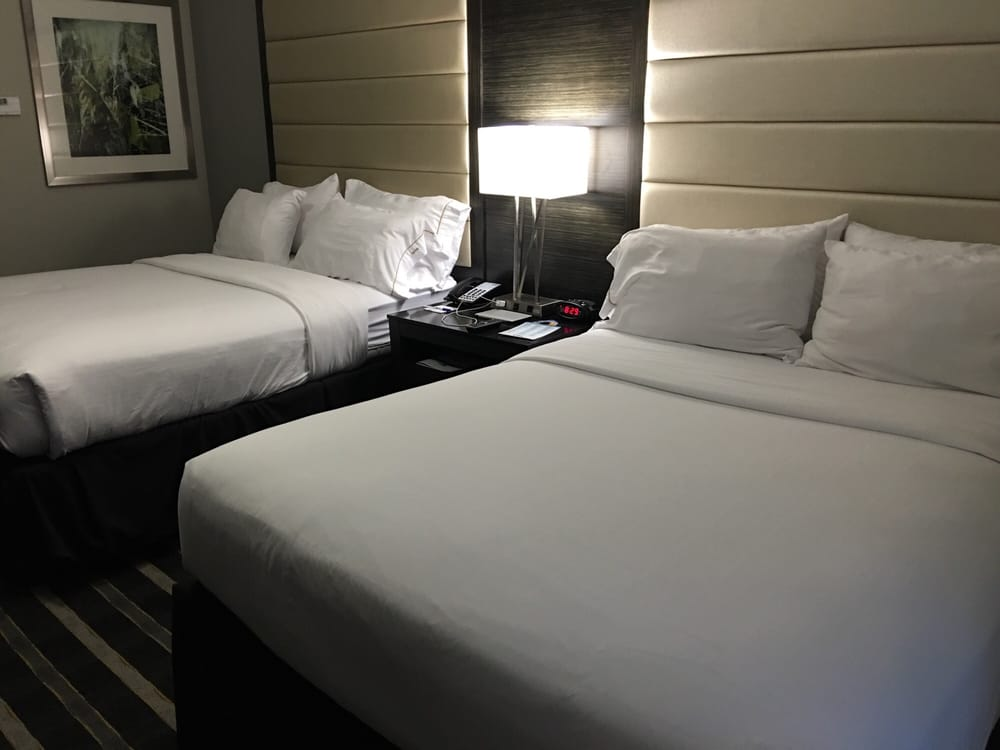 Holiday Inn Express & Suites Norman: 2500 Conference Dr, Norman, OK