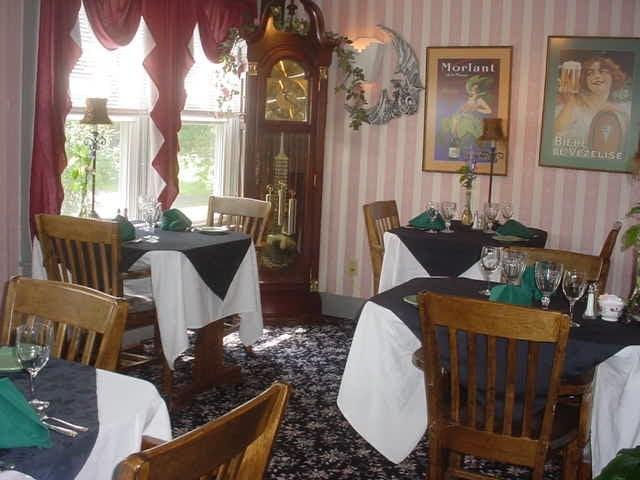 Jenkins Inn & Restaurant: 7 West St, Barre, MA