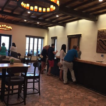 Mari Vineyards 34 Photos 30 Reviews Wine Tasting Room 8175 Center Rd Traverse City Mi