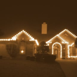 One Story House Christmas Lights.Holiday Lighting By Amy Get Quote Lighting Fixtures