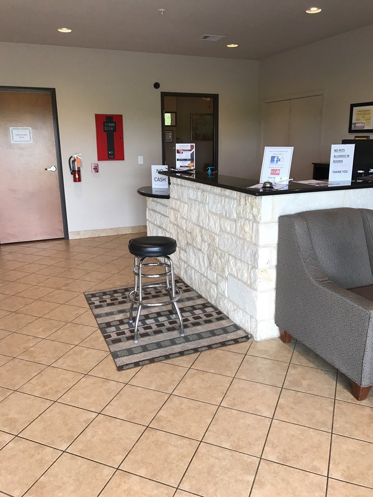 Hotel Cotulla: 51 South Interstate 35, Cotulla, TX