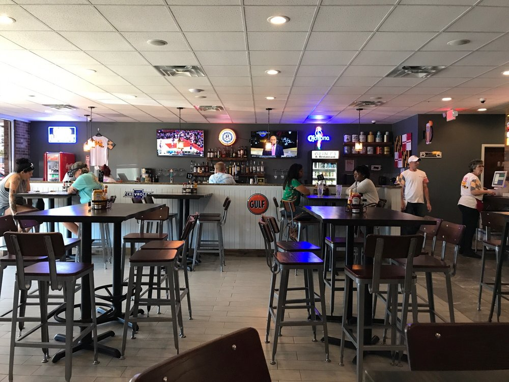 Old Line Restaurant & Pub: 30080 Three Notch Rd, Charlotte Hall, MD