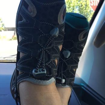 Hillsboro Shoes Review