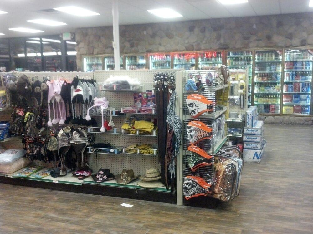 Ernie's Truck Plaza: 174 N Hwy 93, Wells, NV