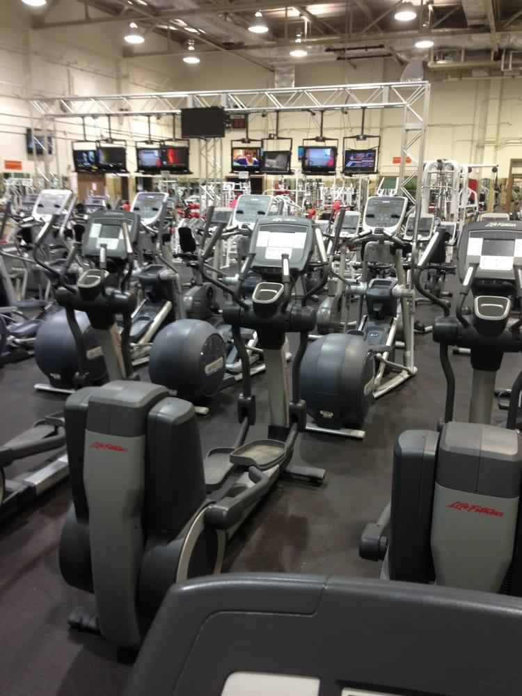 Honeycutt Fitness Center: 921 Randolph Rd, Fort Sill, OK