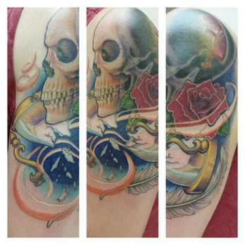 Gypsy tattoo 11 photos piercing 518 e center st for Great falls tattoo shops