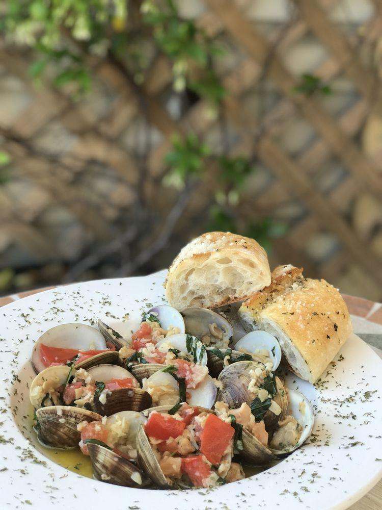 Viola's Pizza Pasta & Seafood: 6149 S A1A St, St. Augustine, FL