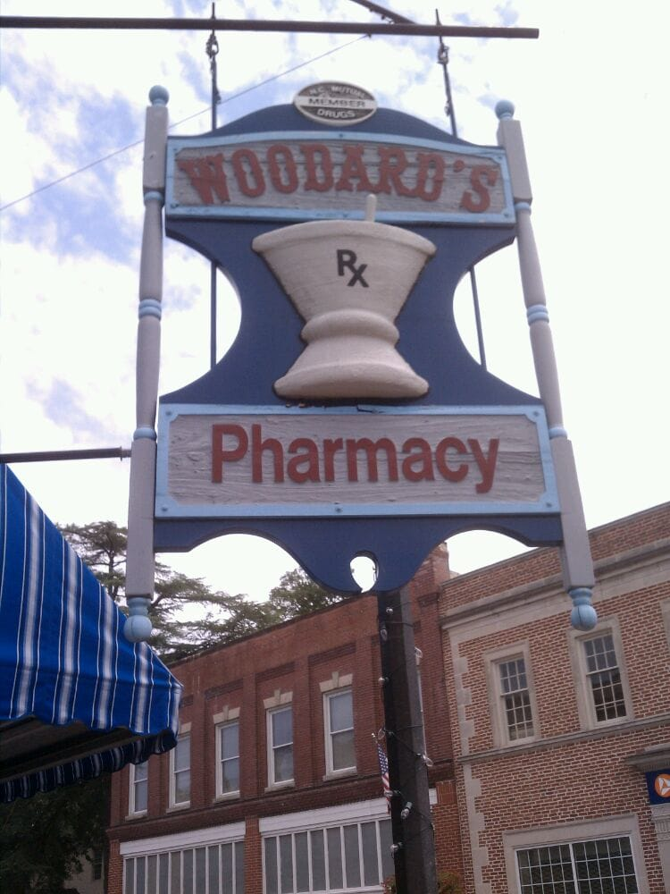 Woodard's Pharmacy: 101 N Church St, Hertford, NC