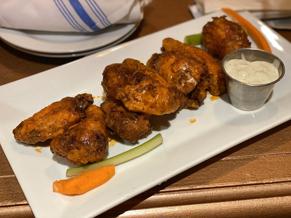 The Flying Monkey Grill Bar: 2095 Berlin Tpke, Newington, CT
