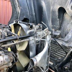 Royal Truck & Trailer Repair - Commercial Truck Repair - 7855 Van
