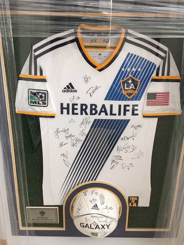 new products 4c616 faa1b 2014 MLS Cup champs LA Galaxy signed team ball and Jersey ...