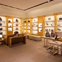552ab1b52ce Louis Vuitton Santa Monica Place - 101 Photos   129 Reviews ...