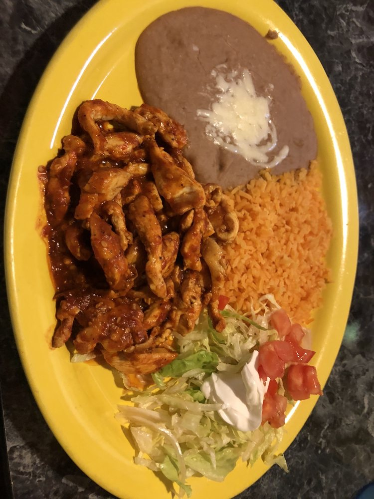 Estellas Mexican Restaurant And Cantina: 3111 Navarre Ave, Oregon, OH