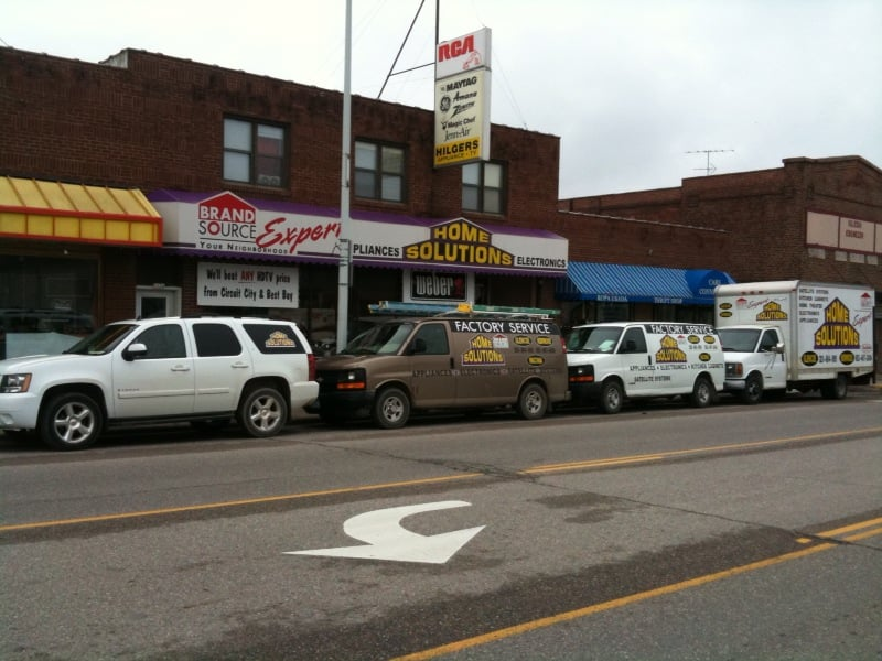 Home Solutions - Glencoe: 1124 Hennepin Ave, Glencoe, MN