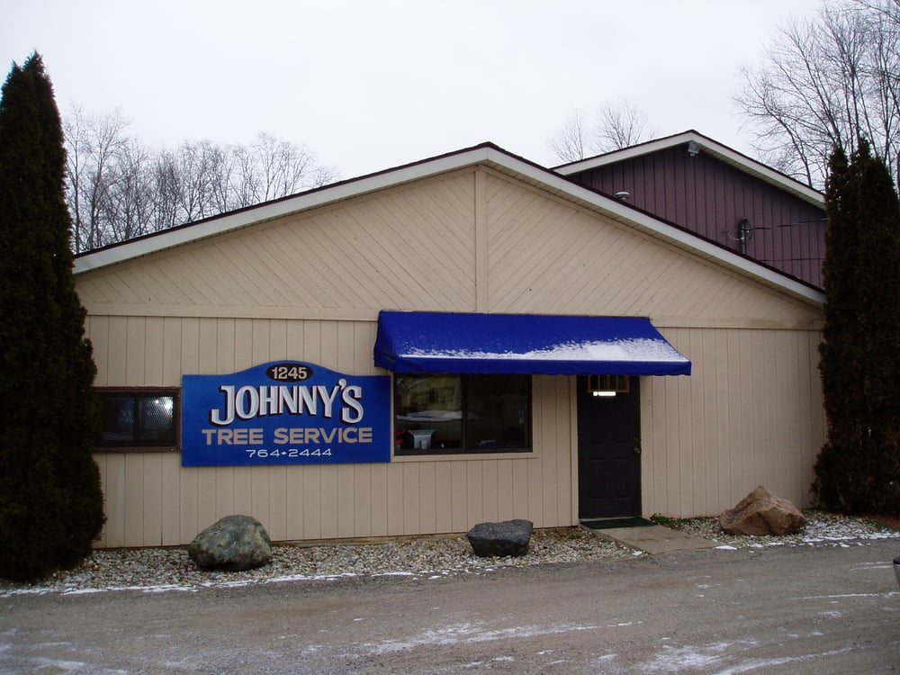 Johnny's Tree Service: 1245 Falahee Rd, Jackson, MI