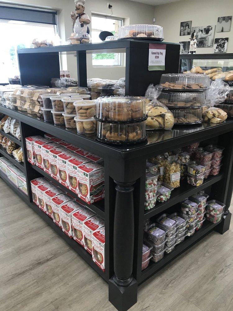 Corropolese Italian Bakery: 2809 Egypt Rd, Audubon, PA
