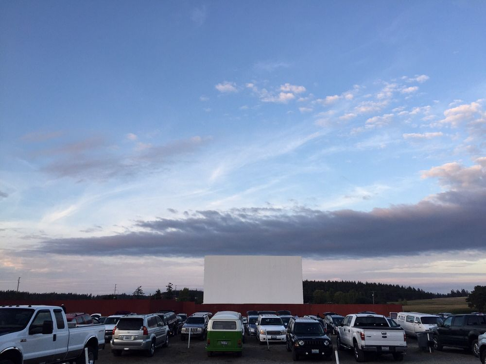 Blue Fox Drive-In Theatre: 1403 Monroe Landing Rd, Oak Harbor, WA