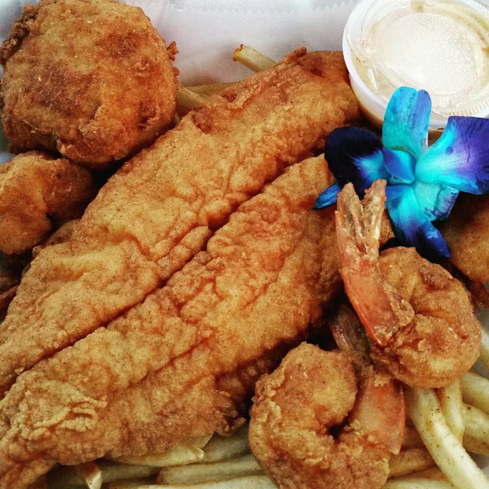 Crab cake fish and shrimp combo yelp for Fish and shrimp near me