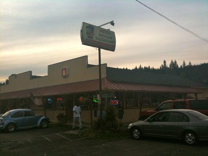 Sierra Mexican Restaurant: 302 N Santiam Hwy W, Gates, OR