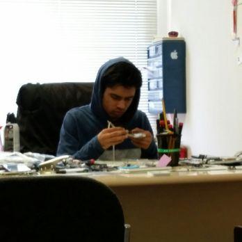 Shakeel The Iphone Repair Guy
