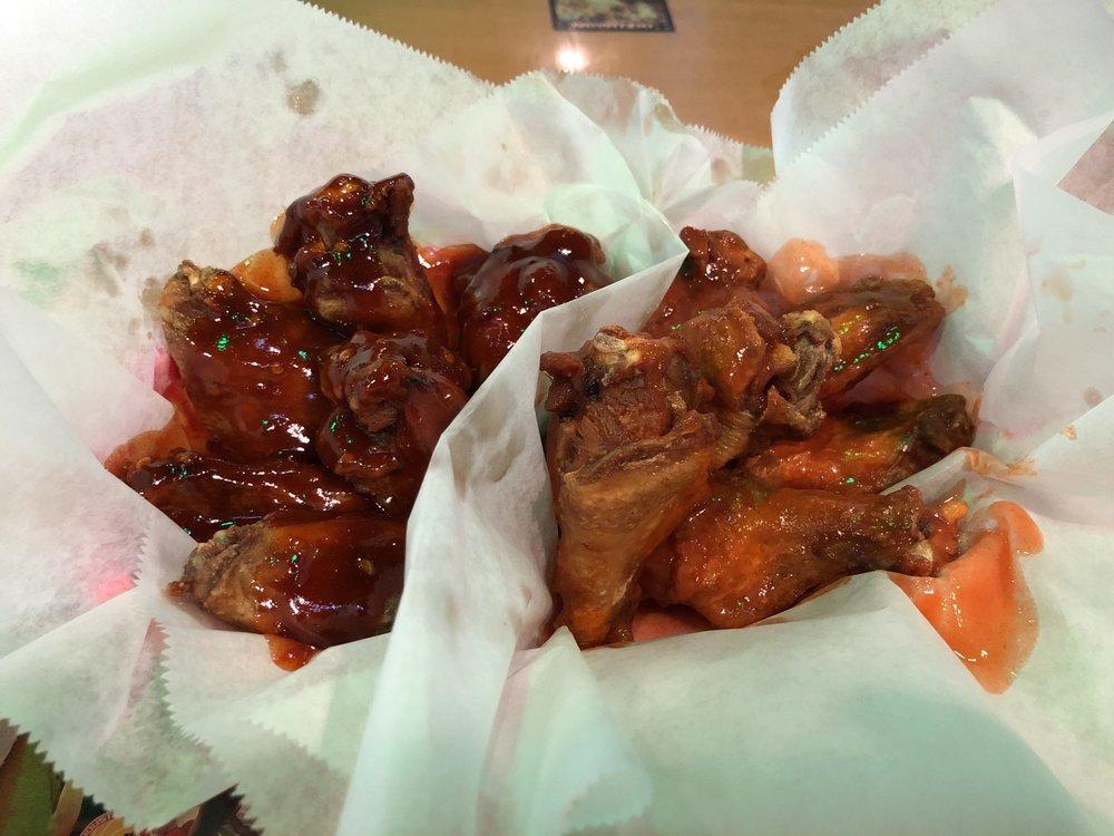 Wings Etc.: 10134 Maysville Rd., Fort Wayne, IN
