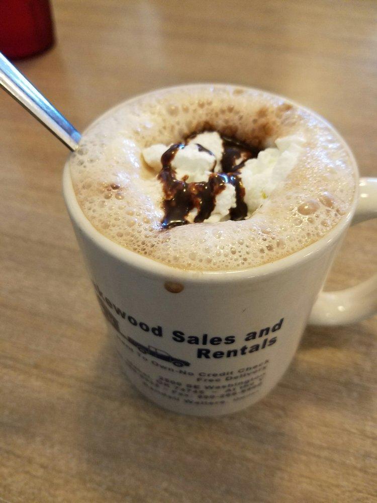 Gemini Coffee Shop: 421 S Central Ave, Idabel, OK