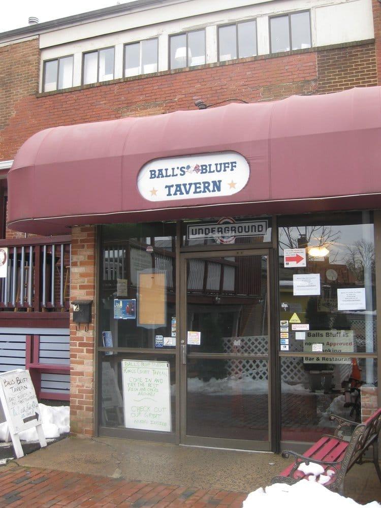 Balls Bluff Tavern: 2 Loudoun St SE, Leesburg, VA