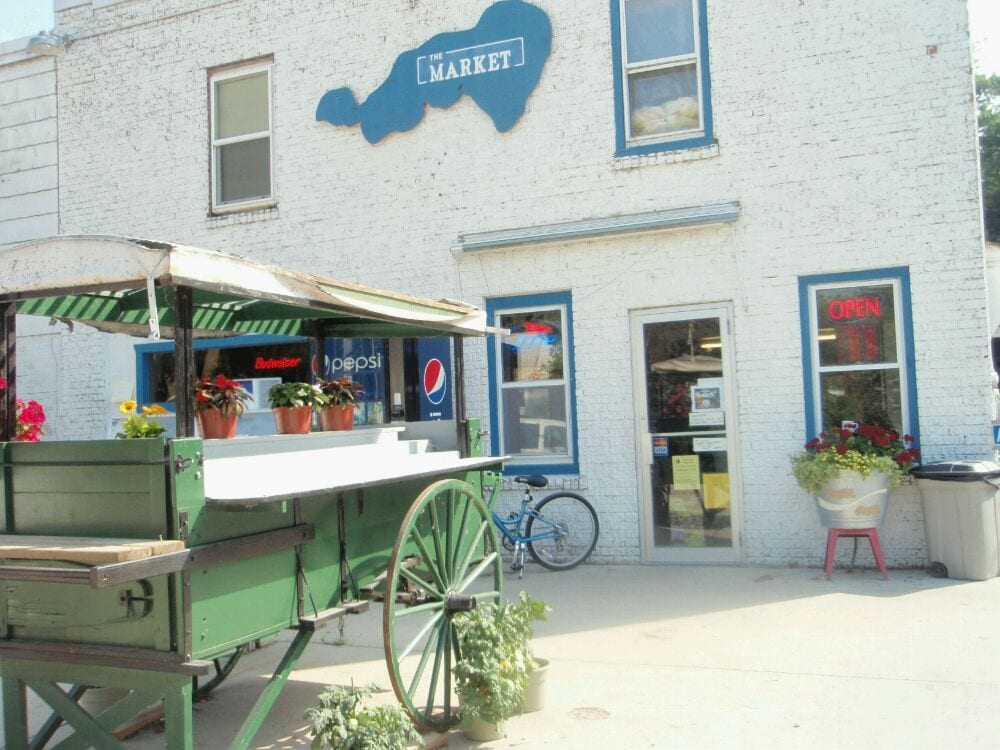 Market At Oakwood: 5253 S Shore Dr, Clear Lake, IA
