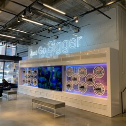 Nike Chicago - 172 Photos & 173 Reviews - Shoe Stores - 669 N ...