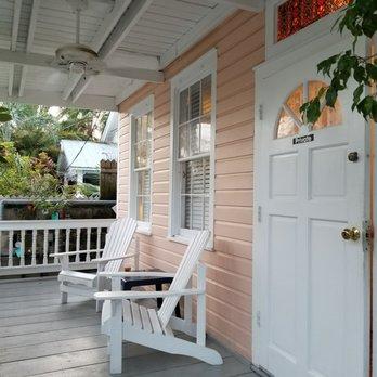 the douglas house 26 photos 44 reviews vacation. Black Bedroom Furniture Sets. Home Design Ideas